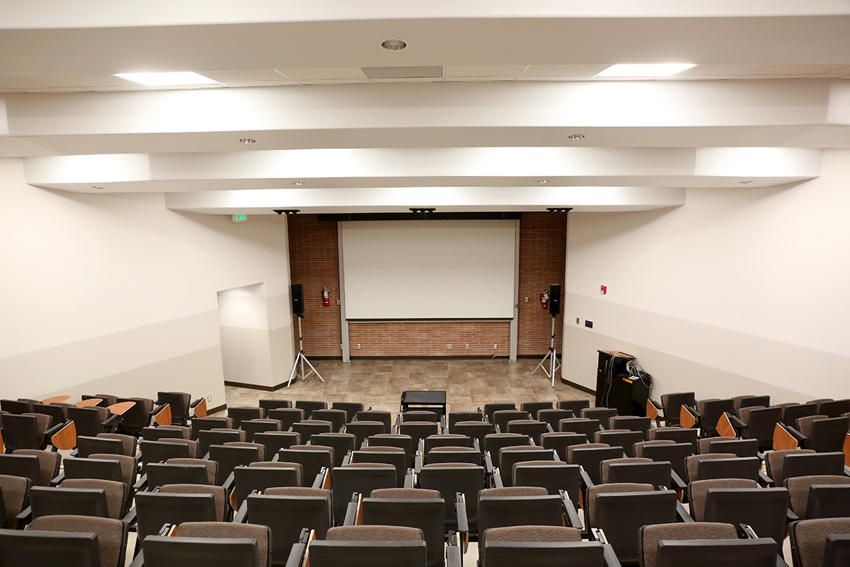 Large-lecture-hall1